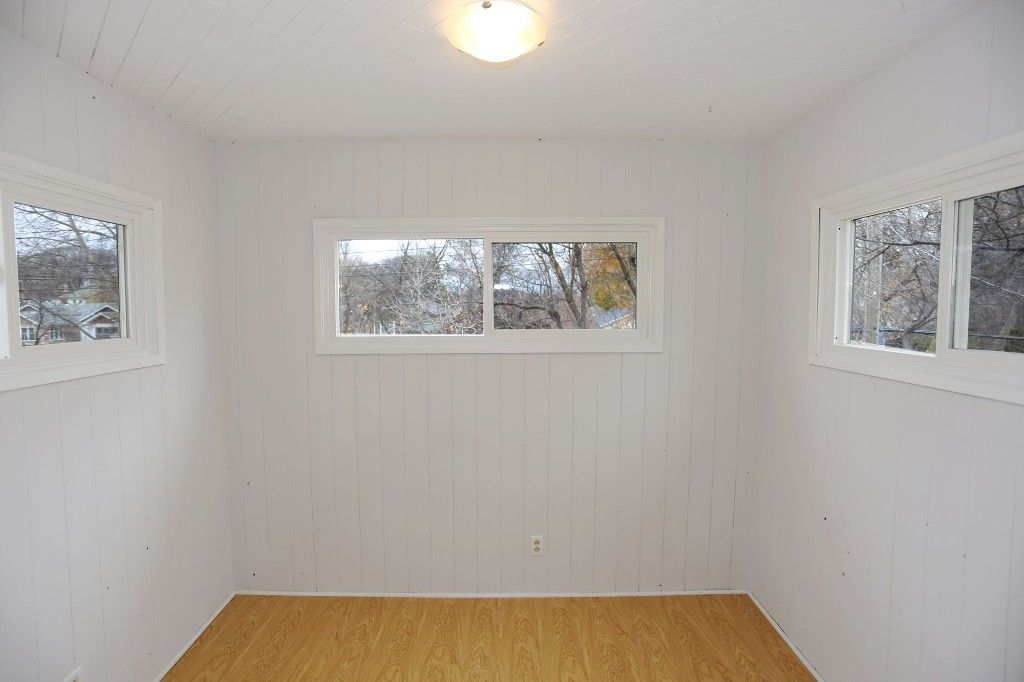 Photo 11: Photos: 626 Greenwood Place in Winnipeg: West End Duplex for sale (5C)  : MLS®# 1728014