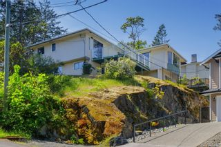 Photo 38: 129 Rockcliffe Pl in : La Thetis Heights House for sale (Langford)  : MLS®# 875465