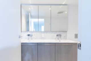 Photo 12: 1304 1111 RICHARDS Street in Vancouver: Yaletown Condo for sale (Vancouver West)  : MLS®# R2625430