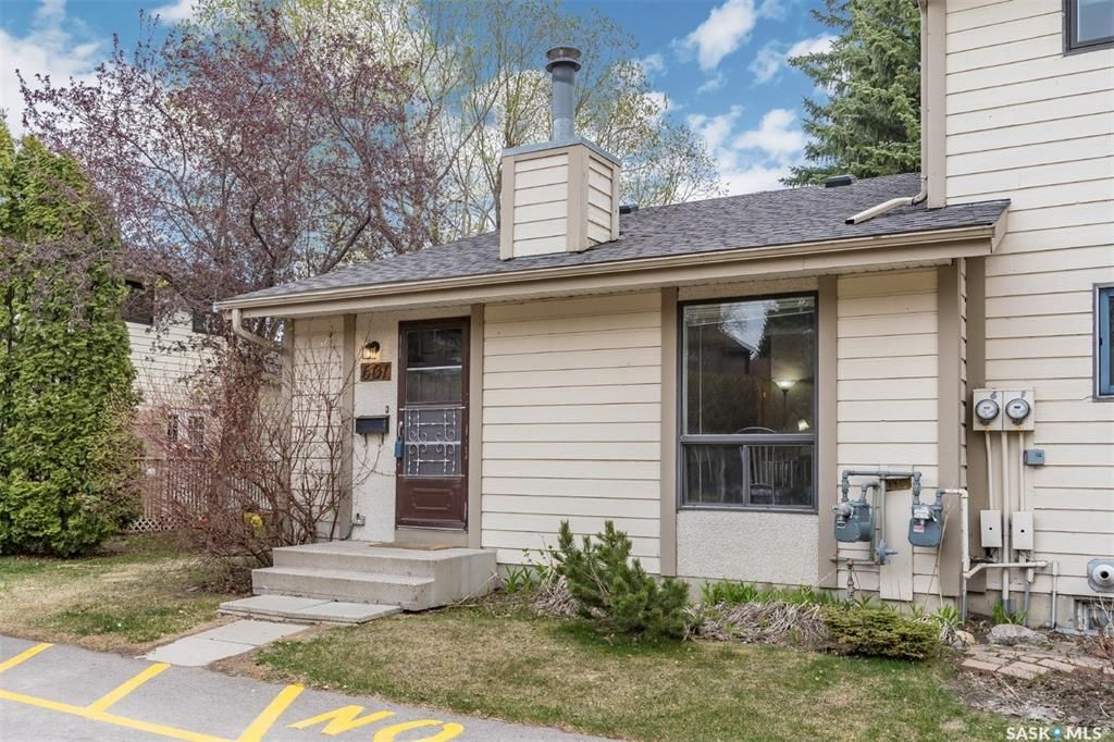 Main Photo: 601 145 Sandy Court in Saskatoon: River Heights SA Residential for sale : MLS®# SK855668