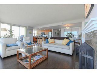 """Photo 4: 2206 120 MILROSS Avenue in Vancouver: Mount Pleasant VE Condo for sale in """"THE BRIGHTON"""" (Vancouver East)  : MLS®# V1108623"""