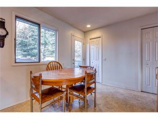 Photo 11: 5844 DALCASTLE Crescent NW in Calgary: Dalhousie House for sale : MLS®# C4053124