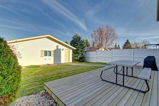 Photo 18: 63 WOODBOROUGH Crescent SW in Calgary: Woodbine Detached for sale : MLS®# C4275508