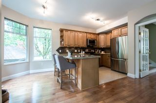 """Photo 7: 11 5950 OAKDALE Road in Burnaby: Oaklands Townhouse for sale in """"Heather Crest"""" (Burnaby South)  : MLS®# R2209640"""