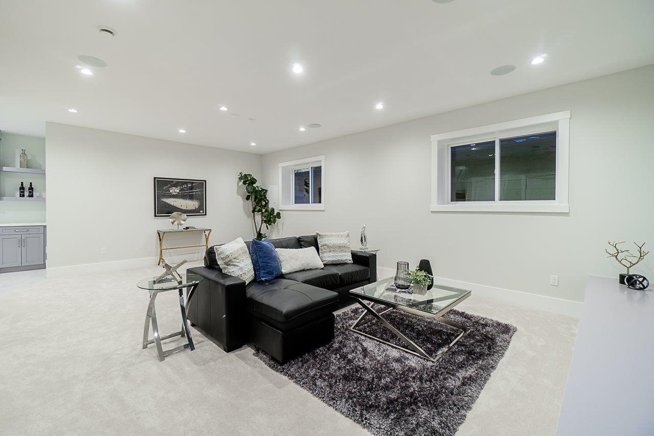 Photo 18: Photos: 17189 0A Avenue in Surrey: Pacific Douglas House for sale (South Surrey White Rock)  : MLS®# R2479187