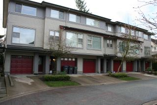 "Photo 1: 7 6033 168 Street in Surrey: Cloverdale BC Townhouse for sale in ""CHESTNUT"" (Cloverdale)  : MLS®# R2352731"