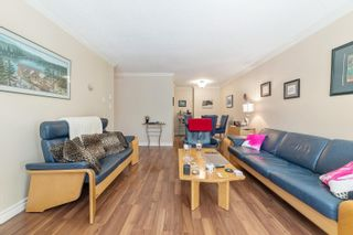 """Photo 8: 217 1850 E SOUTHMERE Crescent in Surrey: Sunnyside Park Surrey Condo for sale in """"SOUTHMERE PLACE"""" (South Surrey White Rock)  : MLS®# R2603585"""