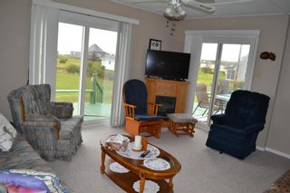 Photo 16: 11 Greeno Beach Road in Amherst Shore: 102N-North Of Hwy 104 Residential for sale (Northern Region)  : MLS®# 202113554