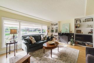 Photo 2: 106 COLLEGE Court in New Westminster: Queens Park House for sale : MLS®# R2599318