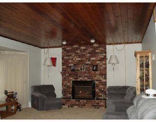 Photo 5: 12222 212TH Street in Maple_Ridge: Northwest Maple Ridge House for sale (Maple Ridge)  : MLS®# V686841