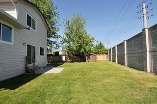 """Photo 19: 12217 CHESTNUT Crescent in Pitt Meadows: Mid Meadows House for sale in """"SOMERSET"""" : MLS®# R2073485"""
