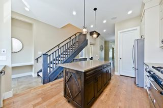 Photo 5: 423 36 Avenue NW in Calgary: Highland Park Detached for sale : MLS®# A1018547