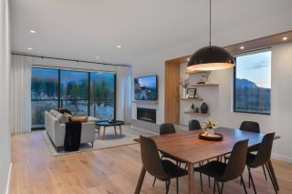 Photo 3: 2950 HUCKLEBERRY Drive in Squamish: University Highlands House for sale : MLS®# R2534491