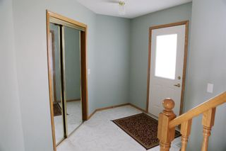 Photo 2: 15 Citadel Meadow Grove NW in Calgary: Citadel Detached for sale : MLS®# A1129427
