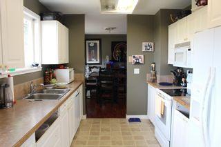 "Photo 10: 5751 NICKERSON Road in Sechelt: Sechelt District House for sale in ""WEST SECHELT"" (Sunshine Coast)  : MLS®# R2600292"