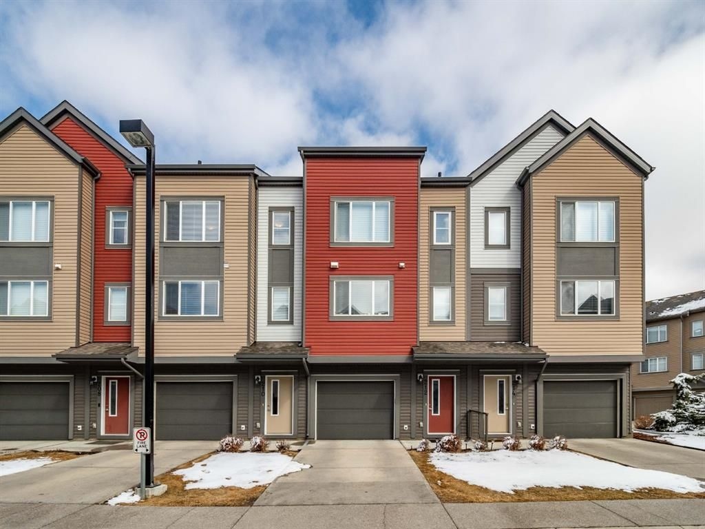Main Photo: 210 Copperpond Row SE in Calgary: Copperfield Row/Townhouse for sale : MLS®# A1086847
