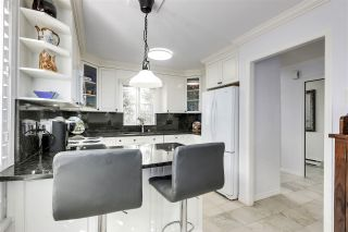 """Photo 12: 11 1818 CHESTERFIELD Avenue in North Vancouver: Central Lonsdale Townhouse for sale in """"Chesterfield Court"""" : MLS®# R2504453"""