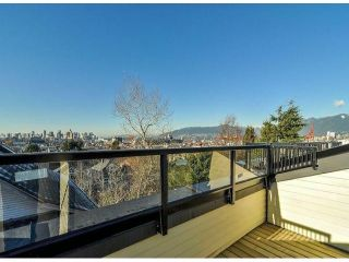 """Photo 16: 1810 E PENDER Street in Vancouver: Hastings Townhouse for sale in """"AZALEA HOMES"""" (Vancouver East)  : MLS®# V1051694"""