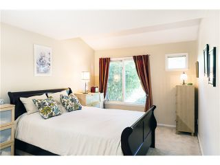 Photo 5: # 106 1513 BOWSER AV in North Vancouver: Norgate Condo for sale : MLS®# V1088315