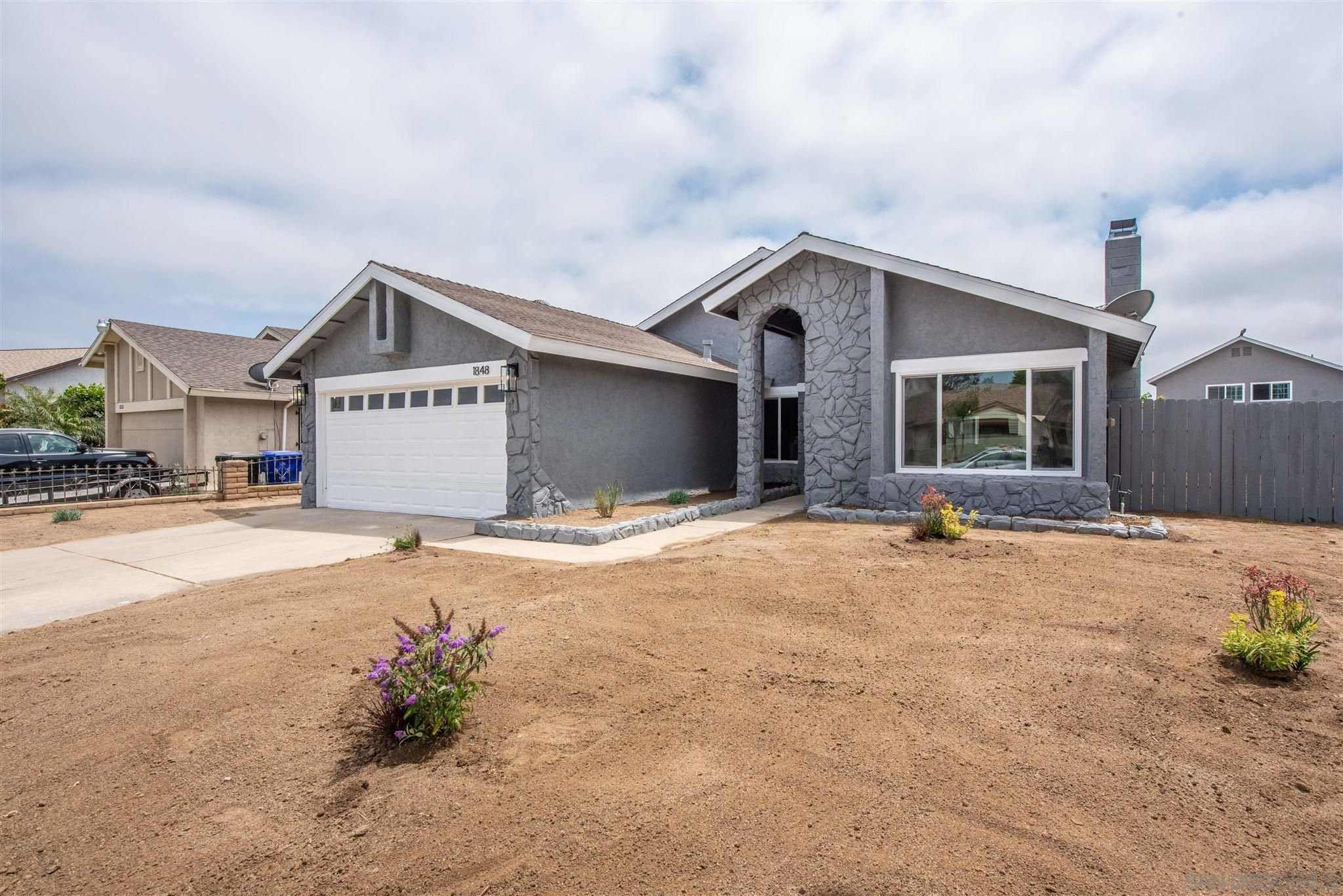 Main Photo: SAN DIEGO House for sale : 4 bedrooms : 1848 Oro Vista Rd