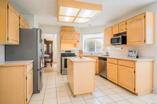 "Photo 7: 8576 142 STREET Street in Surrey: Bear Creek Green Timbers House for sale in ""Brookside"" : MLS®# R2598904"