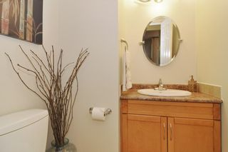 """Photo 9: 112 1210 FALCON Drive in Coquitlam: Upper Eagle Ridge Townhouse for sale in """"FERNLEAF PLACE"""" : MLS®# R2186776"""