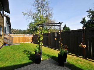 Photo 18: 1042 Whitney Crt in Langford: La Happy Valley House for sale : MLS®# 688665