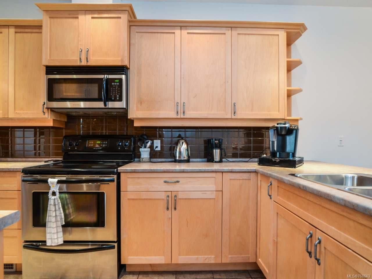 Photo 2: Photos: 15 346 Erickson Rd in CAMPBELL RIVER: CR Willow Point Row/Townhouse for sale (Campbell River)  : MLS®# 768843