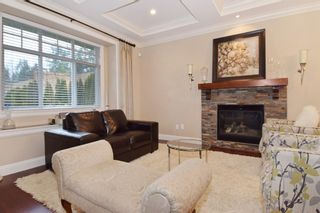 """Photo 3: 2460 LLOYD Avenue in North Vancouver: Pemberton Heights House for sale in """"PEMBERTON HEIGHTS"""" : MLS®# R2030093"""