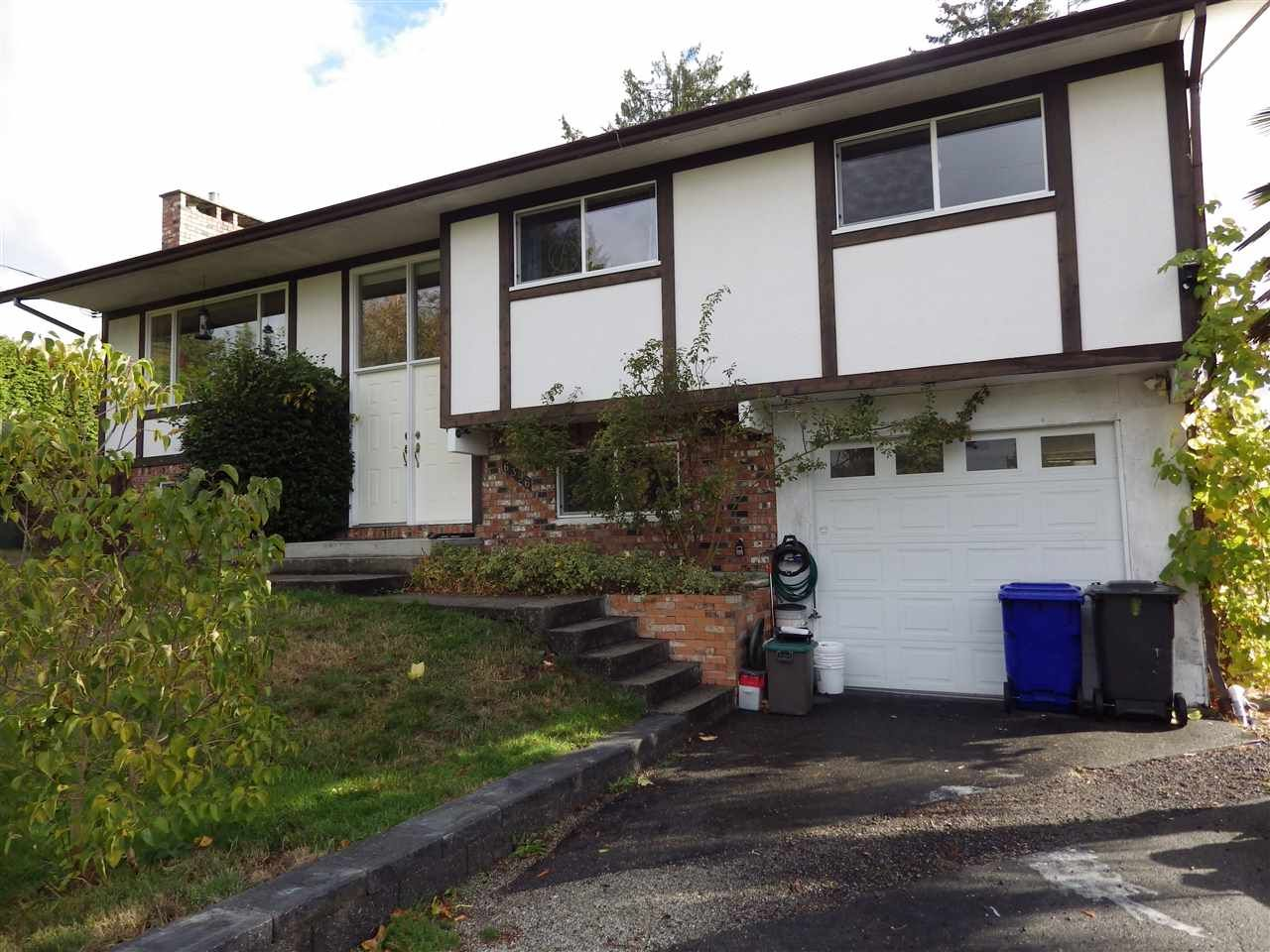 Main Photo: 6396 NORVAN Road in Sechelt: Sechelt District House for sale (Sunshine Coast)  : MLS®# R2214273
