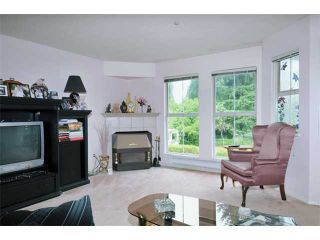 """Photo 3: 4 19060 FORD Road in Pitt Meadows: Central Meadows Townhouse for sale in """"REGENCY COURT"""" : MLS®# V894879"""