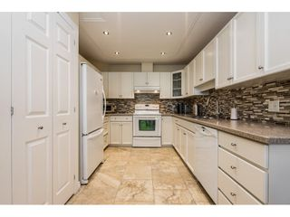 """Photo 7: 14 2672 151 Street in Surrey: Sunnyside Park Surrey Townhouse for sale in """"THE WESTERLEA"""" (South Surrey White Rock)  : MLS®# R2366733"""