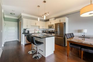 """Photo 3: 302 20630 DOUGLAS Crescent in Langley: Langley City Condo for sale in """"Blu"""" : MLS®# R2585510"""