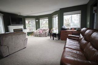 """Photo 3: 211 31831 PEARDONVILLE Road in Abbotsford: Abbotsford West Condo for sale in """"West Point Villa"""" : MLS®# R2250903"""