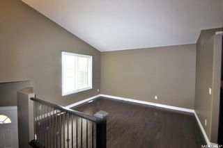 Photo 3: 142 Senick Crescent in Saskatoon: Stonebridge Residential for sale : MLS®# SK833191