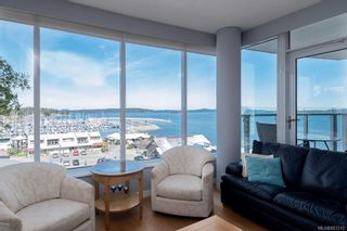 Photo 2: 502 9809 Seaport Pl in Sidney: Si Sidney North-East Condo for sale : MLS®# 883312