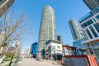 """Photo 2: 2601 2008 ROSSER Avenue in Burnaby: Brentwood Park Condo for sale in """"SOLO District Stratus"""" (Burnaby North)  : MLS®# R2542732"""
