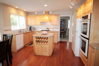"""Photo 4: 4318 210A Street in Langley: Brookswood Langley House for sale in """"Cedar Ridge"""" : MLS®# R2178962"""