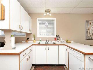 Photo 4: 1025 Goldstream Ave in VICTORIA: La Langford Proper Half Duplex for sale (Langford)  : MLS®# 699433