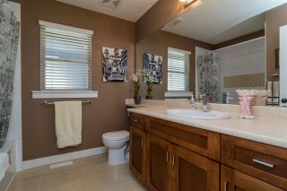"""Photo 13: 22890 BILLY BROWN Road in Langley: Fort Langley House for sale in """"Bedford Landing"""" : MLS®# R2107991"""