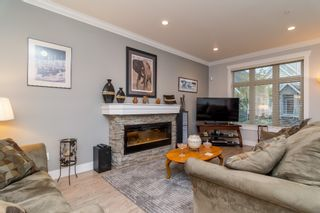 """Photo 4: 21137 77B Street in Langley: Willoughby Heights Condo for sale in """"Shaughnessy Mews"""" : MLS®# R2114383"""