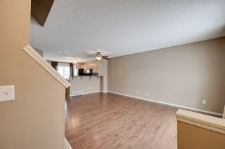 Photo 2: 94 2051 TOWNE CENTRE Boulevard in Edmonton: Zone 14 Townhouse for sale : MLS®# E4228600