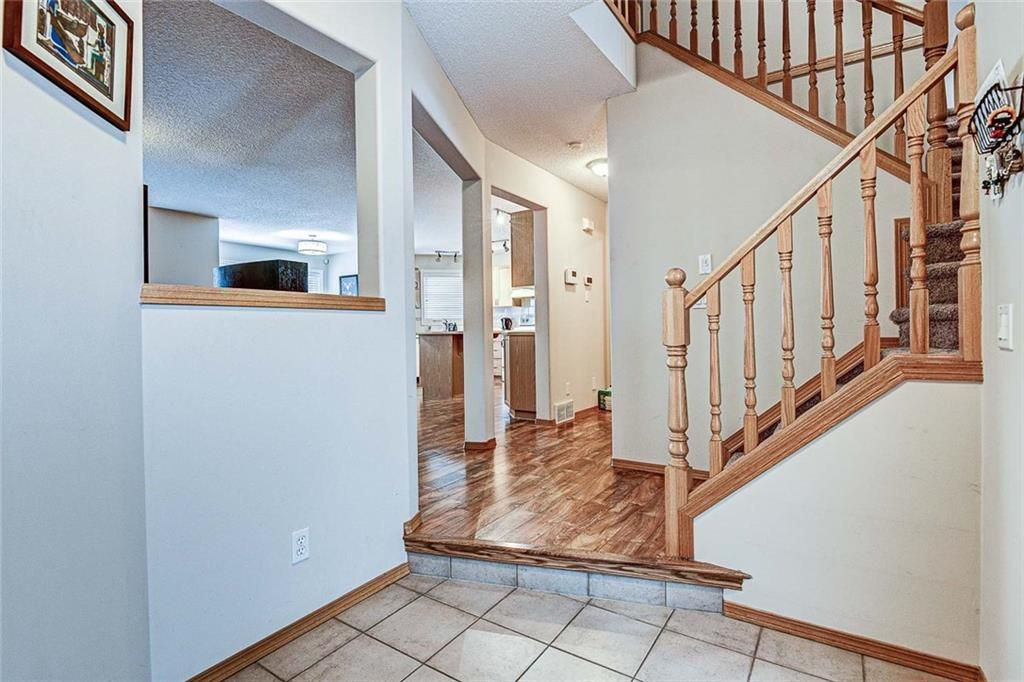 Photo 14: Photos: 25 THORNLEIGH Way SE: Airdrie Detached for sale : MLS®# C4282676