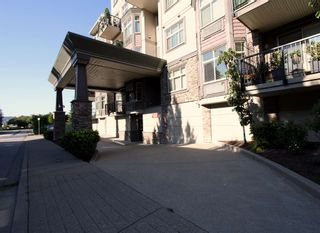 """Photo 4: 302 9060 BIRCH Street in Chilliwack: Chilliwack W Young-Well Condo for sale in """"ASPEN GROVE"""" : MLS®# R2603096"""