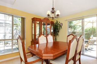 """Photo 4: 104 16275 15 Avenue in Surrey: King George Corridor Townhouse for sale in """"SUNRISE POINT"""" (South Surrey White Rock)  : MLS®# R2303886"""