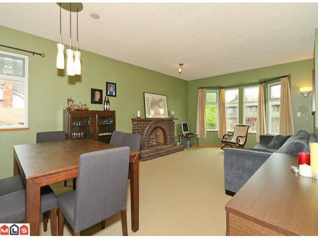 Photo 2: Photos: 13960 66TH Avenue in Surrey: East Newton House for sale : MLS®# F1112926