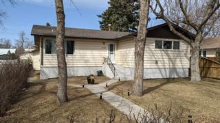 Main Photo: 420 2 Street S: Vulcan Detached for sale : MLS®# A1084434