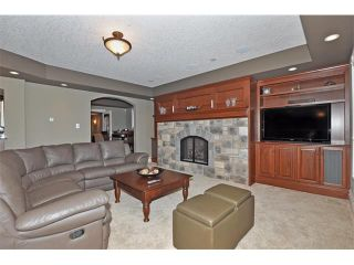 Photo 30: 18 DISCOVERY VISTA Point(e) SW in Calgary: Discovery Ridge House for sale : MLS®# C4018901