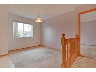 Photo 13: 43 LINCOLN Manor SW in Calgary: Lincoln Park House for sale : MLS®# C4008792