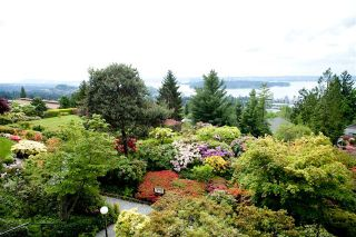 Photo 3: 35 2236 FOLKESTONE Way in West Vancouver: Panorama Village Home for sale ()  : MLS®# V952092